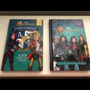 2 Disney Descendants books